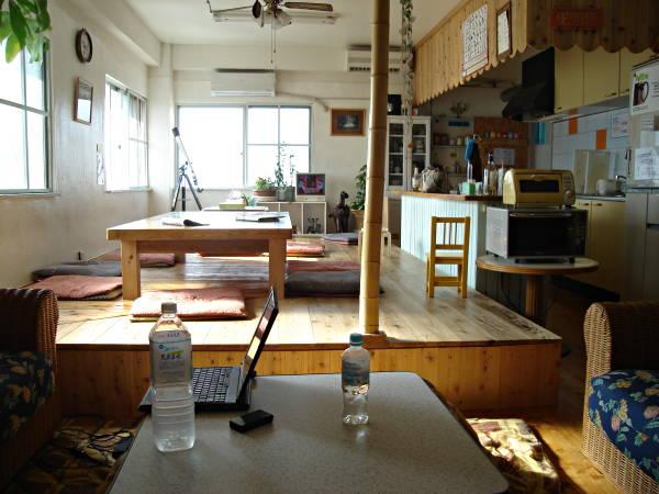 hostel backpacking travel blog